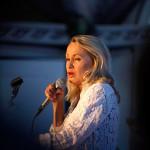 Louise Hoffsten, Musik På Skärva